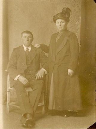 9-houko-luikens-1875-1923-en-jantiena-luikens-kamst-1876-1956-1-kopie