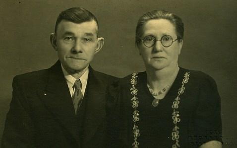 douwe-drenth-1885-1966-en-teerske-bruinsma-1886-1964-kopie